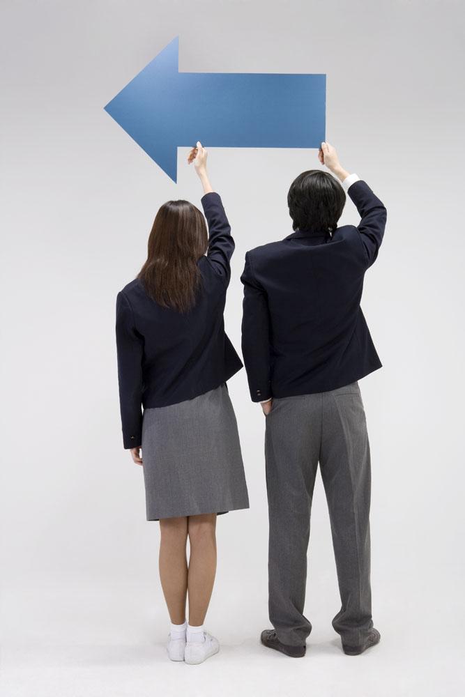 学生情侣照片背影图片