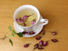 咖啡与花唯美意境图片图片
