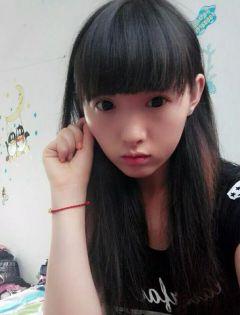 13岁女生照片可爱单纯