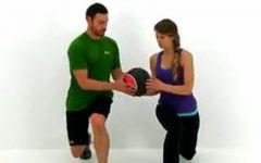 情侣健身动作图