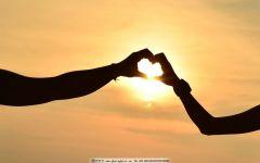 爱心图片手势情侣