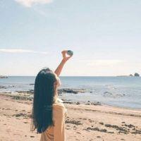 海边微信女生背影头像
