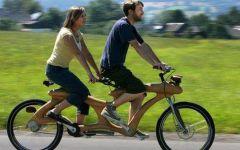 情侣自行车带人图片大全
