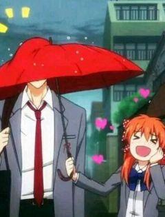 下雨情侣打伞图片动漫
