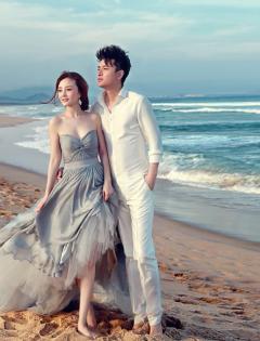 两个人在海边浪漫图片唯美