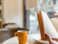 安静看书的图片唯美
