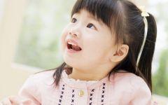 宝宝微笑图片唯美意境