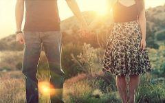 爱情接吻图片大全唯美