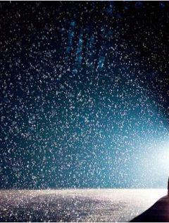 下雨浪漫图片唯美