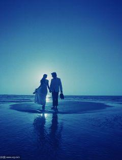 两个人牵手的浪漫图片唯美