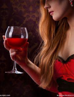 红酒美女浪漫图片