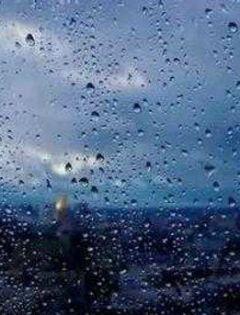 下雨的浪漫图片带字图片大全集