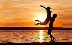 夕阳下的爱情图片