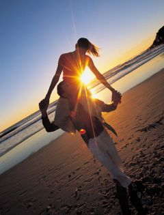 夫妻黄昏浪漫图片唯美图片