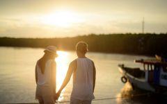 两个人牵手的浪漫图片唯美图片带字图片大全