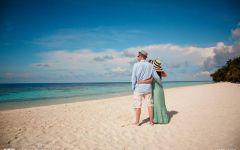 情侣海边浪漫图片背影图片唯美图片带字图片