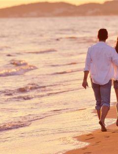 海边浪漫情侣图片唯美图片