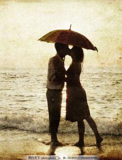下雨浪漫情侣图片唯美
