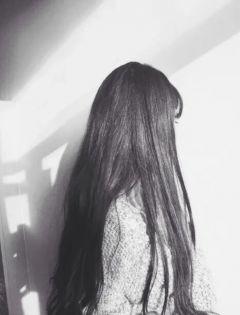 唯美图片女生背影伤感黑白带字图片大全集
