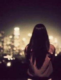 女孩背影伤感唯美图片