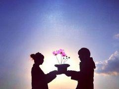 说说爱情浪漫爱情带图