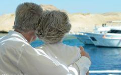 老年人浪漫情侣图片