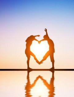 情侣爱心图片