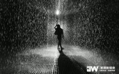 伤感下雨一个人图片