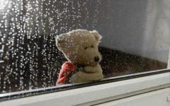 下雨的伤感图片
