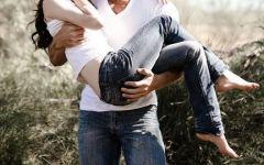浪漫老夫妻拥抱图片