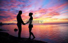 情侣图片背影黄昏