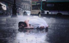 下雨的图片伤感