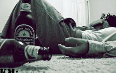男生喝酒伤感图片