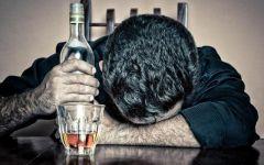 男生喝醉图片伤感