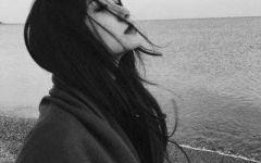 寂寞图片伤感女