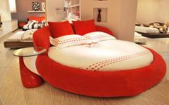 情侣床图片