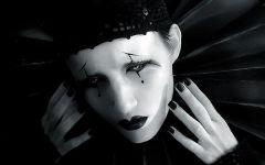 小丑图片黑白伤感