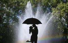 拥吻图片唯美